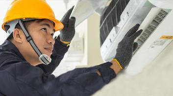 HVAC-technician-inner